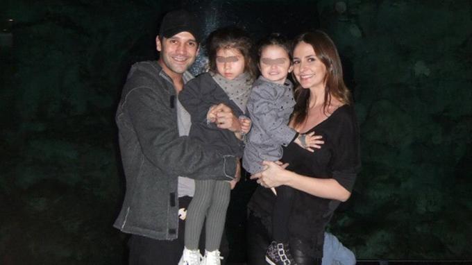 Cristi Chivu, alaturi de sotia lui si cele doua fete pe care le au impreuna, Anastasia si Natalia