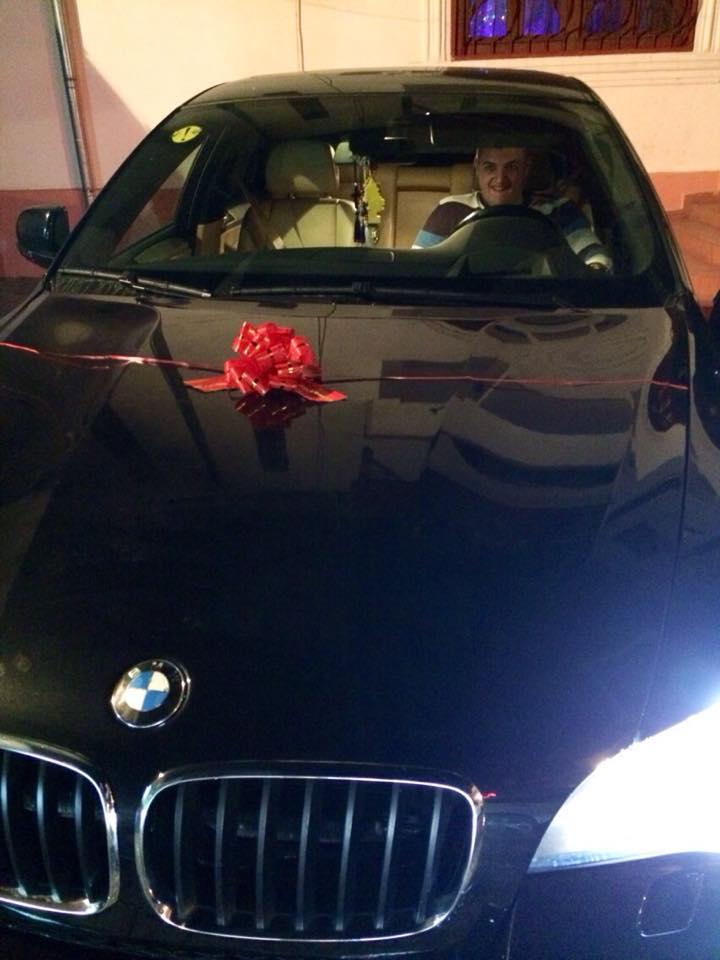 Leo i-a dat cadou fiului sau o masina de zeci de mii de euro