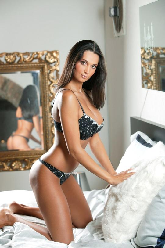 Nicoleta Luciu a fost mereu o femeie provocatoare! Vedeta a castigat Miss Romania si a pozat in Playboy de sase ori