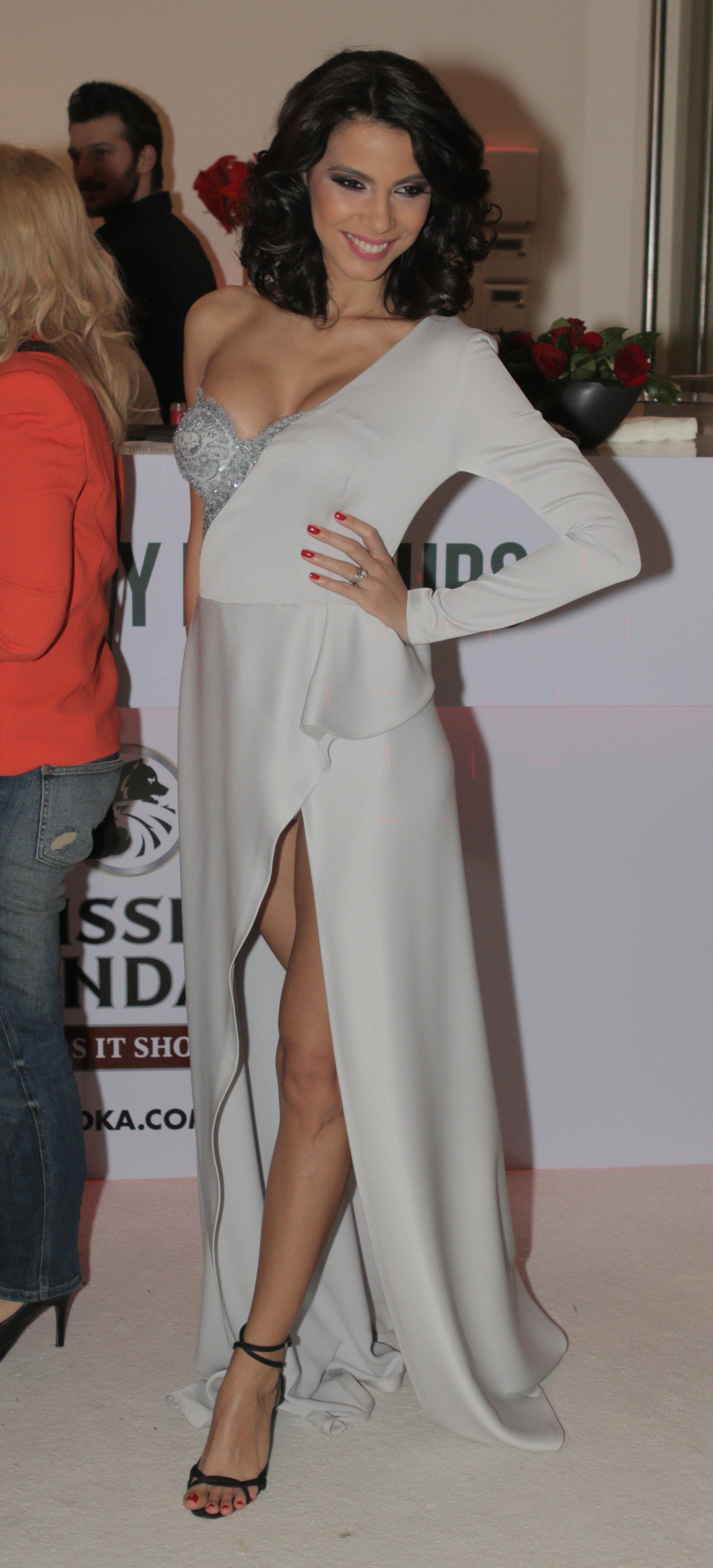 Irina a avut una dintre cele mai atipice rochii de la petrecere