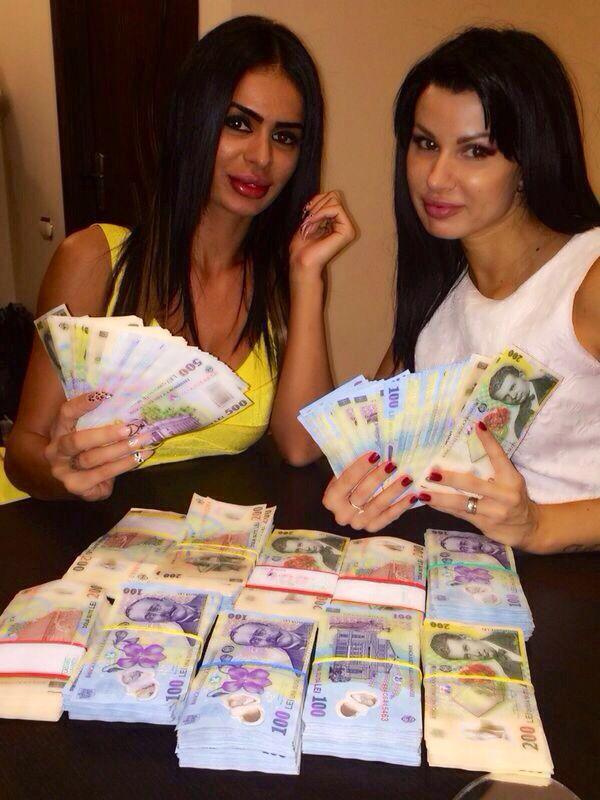 Renata a primit mereu bani de la Leo