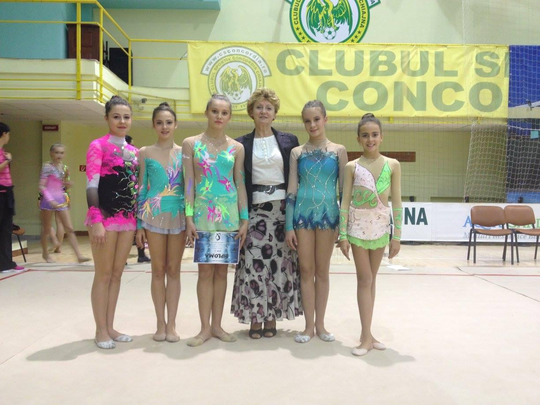 Ica Sigartau le-a intrenat pe cele doua concurente timp de noua ani