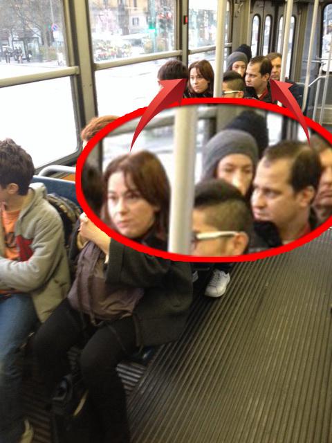 Serban Huidu si sotia lui circula cu mijlocul de transport in comun prin Italia