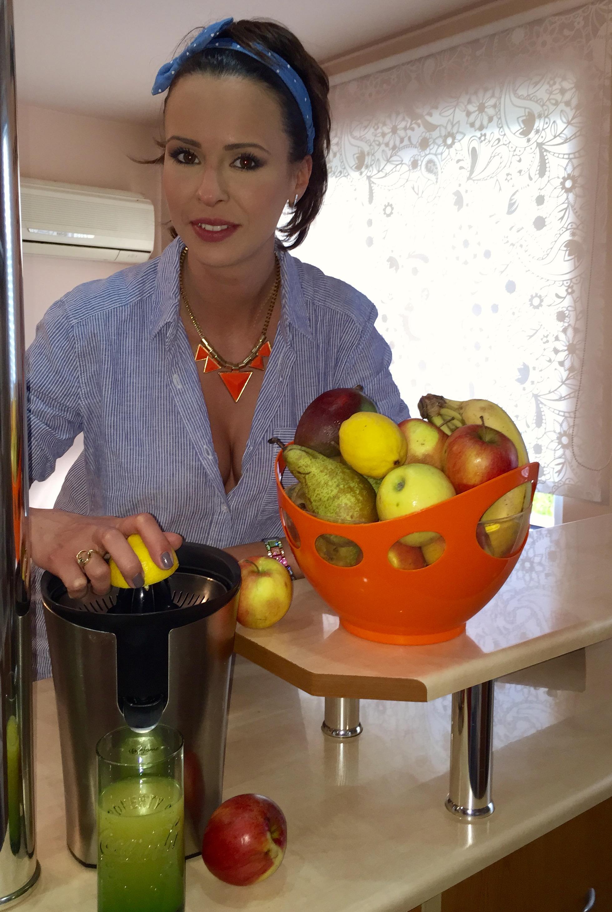 Livia adora fructele si legumele