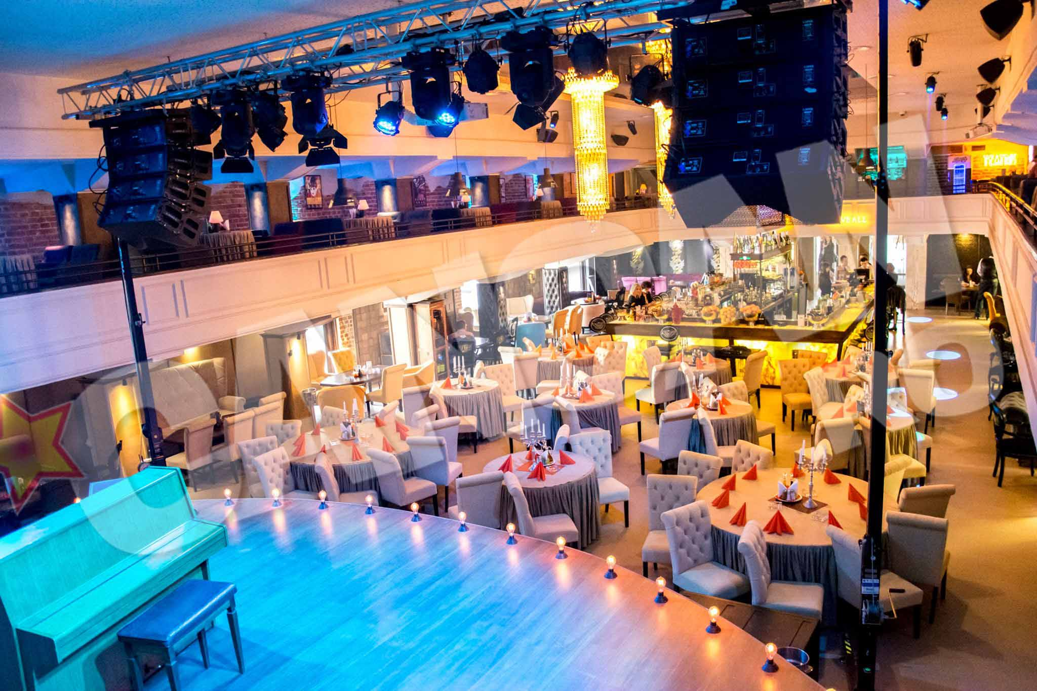 Johannes si-a deschis un restaurant de lux in Galati