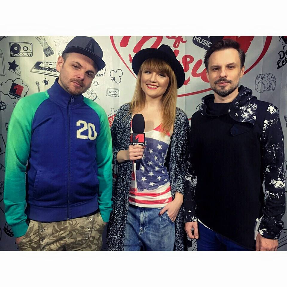Alexandra Ungureanu colaboreaza cu trupa Crush