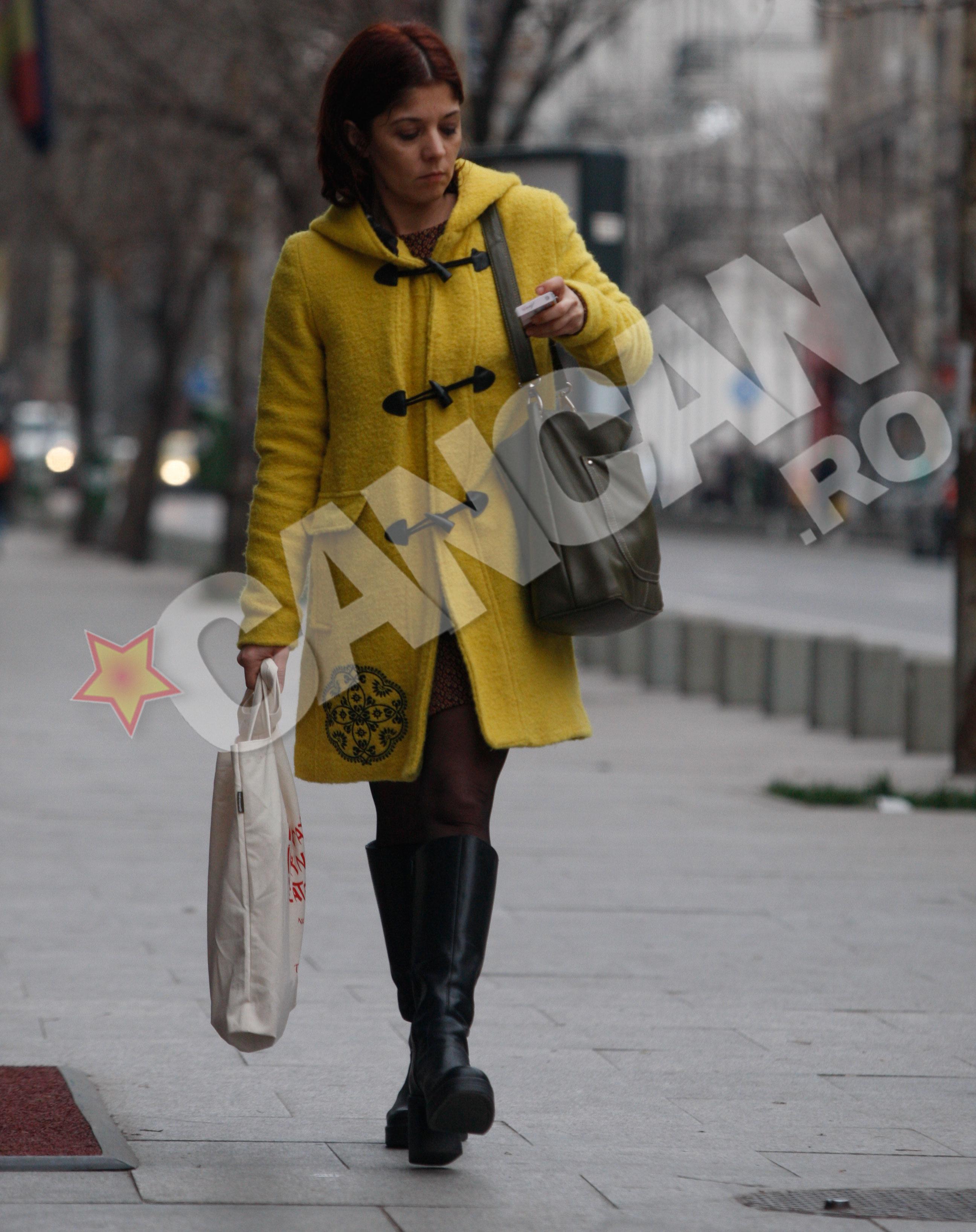Diana a intrat intr-o librarie si a cumparat o carte