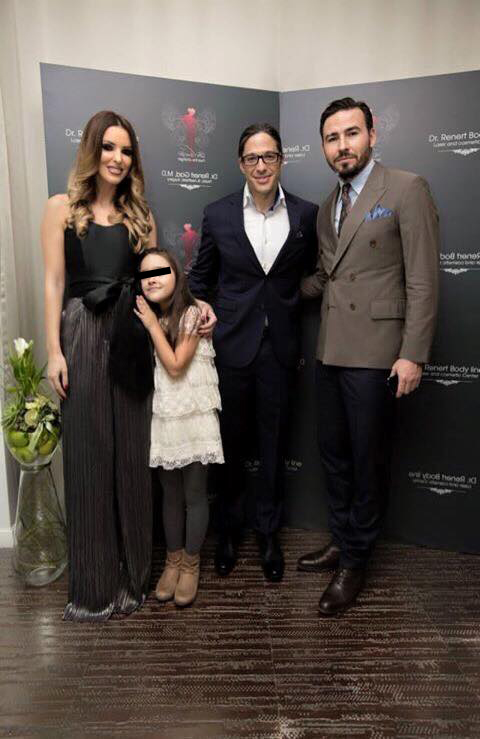Denisa Nechifor cu fetita si fostul sot, Adrian Cristea impreuna cu