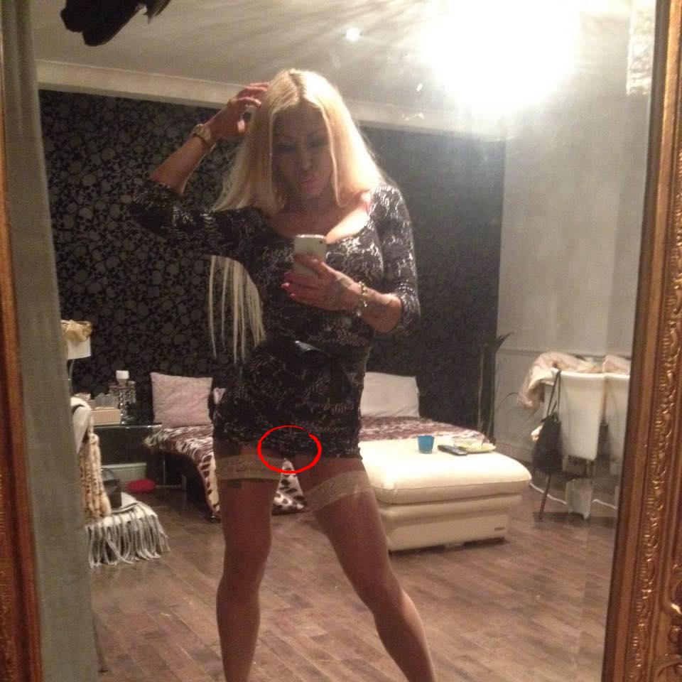 Eva kent pozează cu lenjeria intimă la vedere. Sursa foto: Facebook