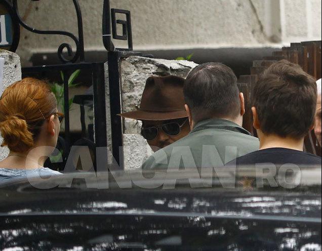Johnny Depp a petrecut în stil...românesc