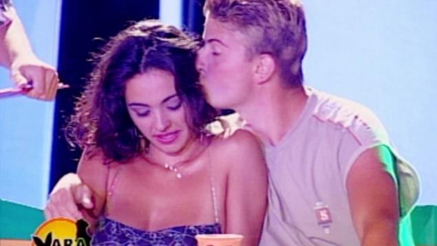 În 2001, Cosmina Păsărin a participat la emisiunea