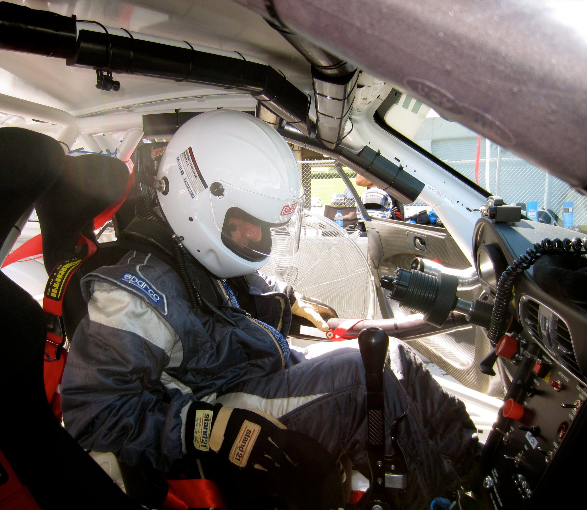 Alexander Radu in masina de curse