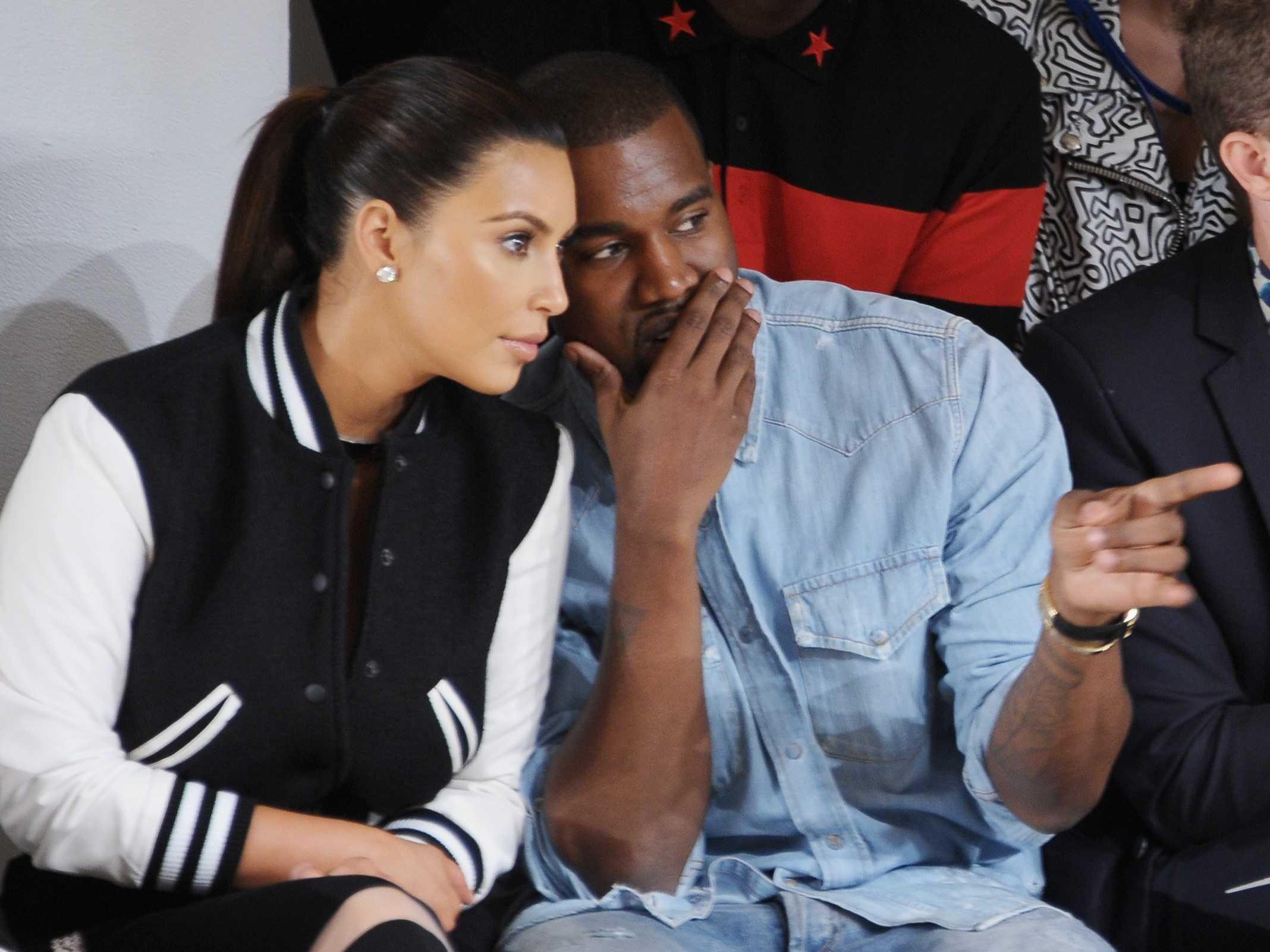 Kim Kardashian este casatoritta cu rapper-ul Kanye West