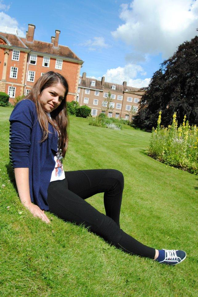 Visul Dianei a devenit realitate, studiaza la Colegiul St. Clare's din Oxford