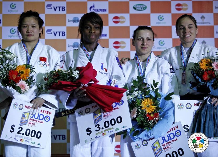Cancan He, dupa Grand Prix-ul desfasurat la Baku in mai 2011, unde s-a clasat pe locul 2