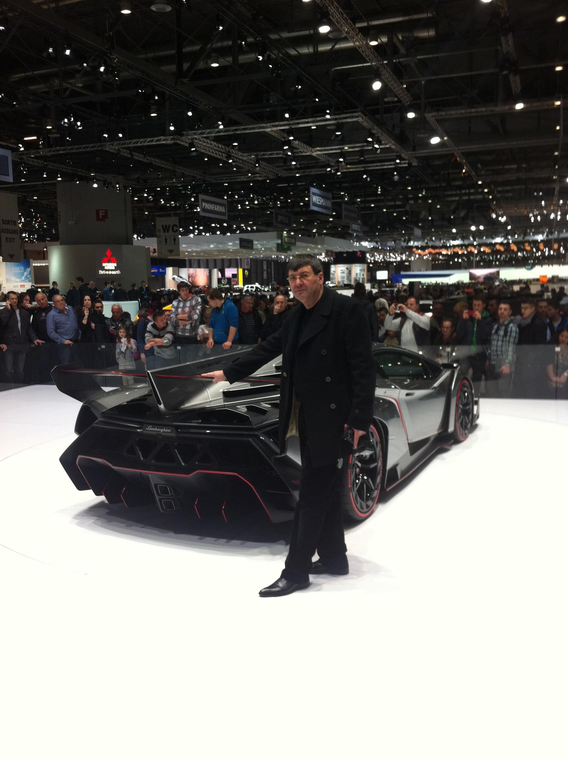 Cel mai nou model de Lamborghini, Veneno, va fi fabricat in numai trei exemplare