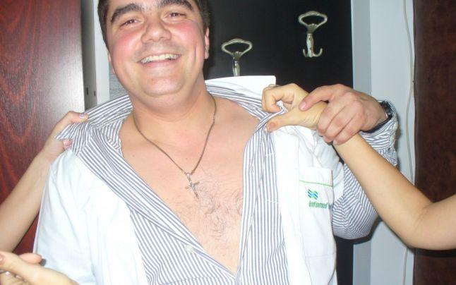 Directorul spitalului s-a bucurat de spectacolul de striptease