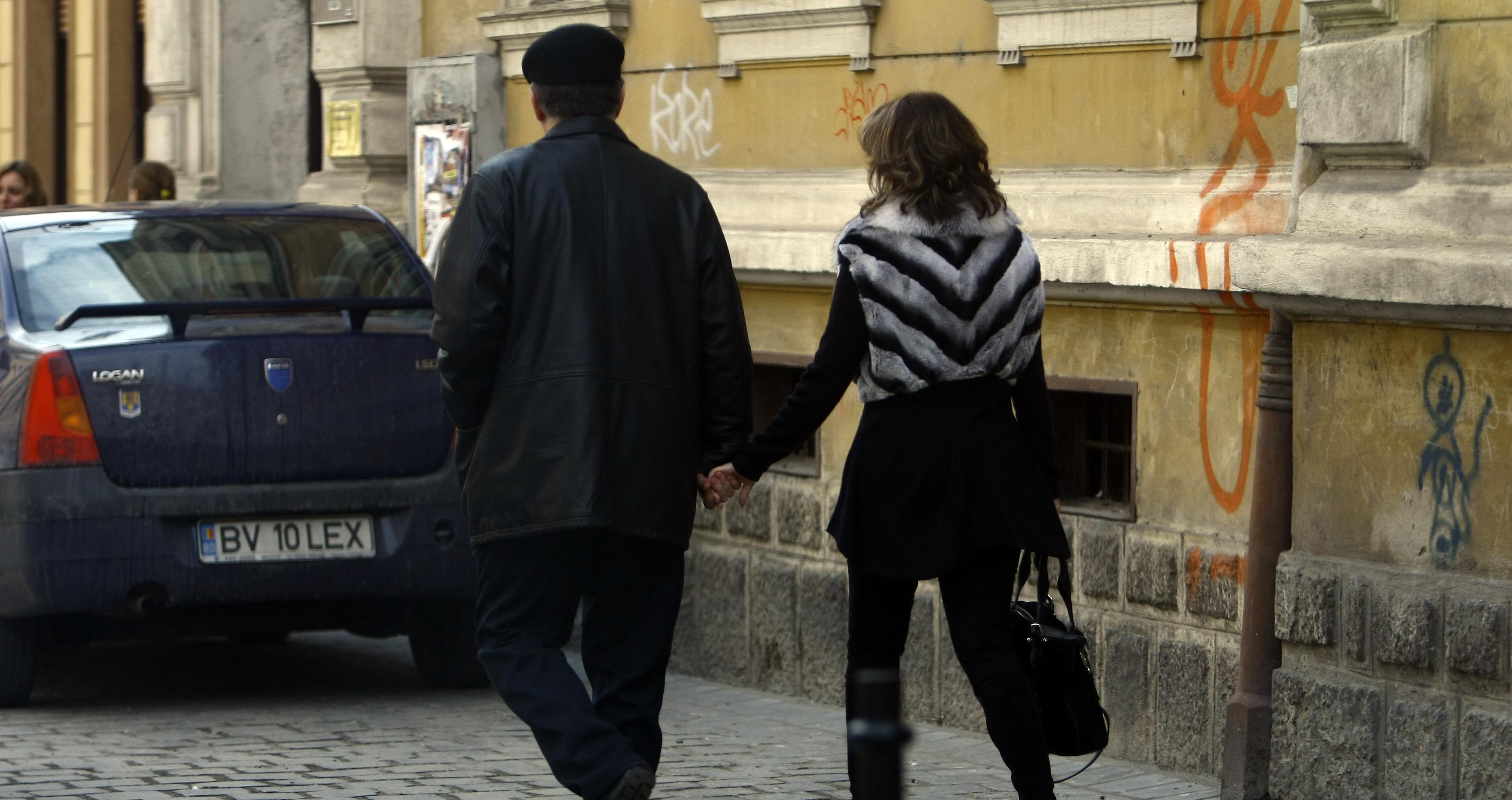 Cei doi s-au plimbat pe strazile din Brasov