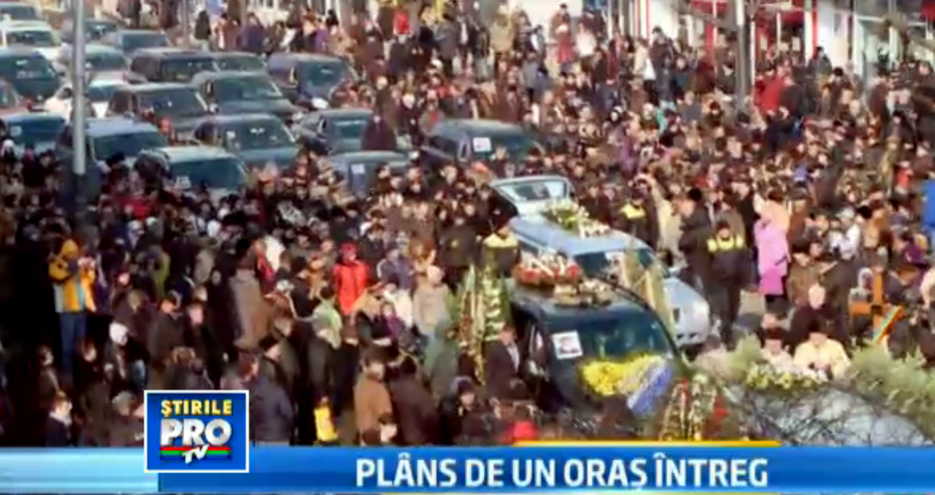 Mii de oameni au participat la inmormantarea lui Dumitru Sechelariu