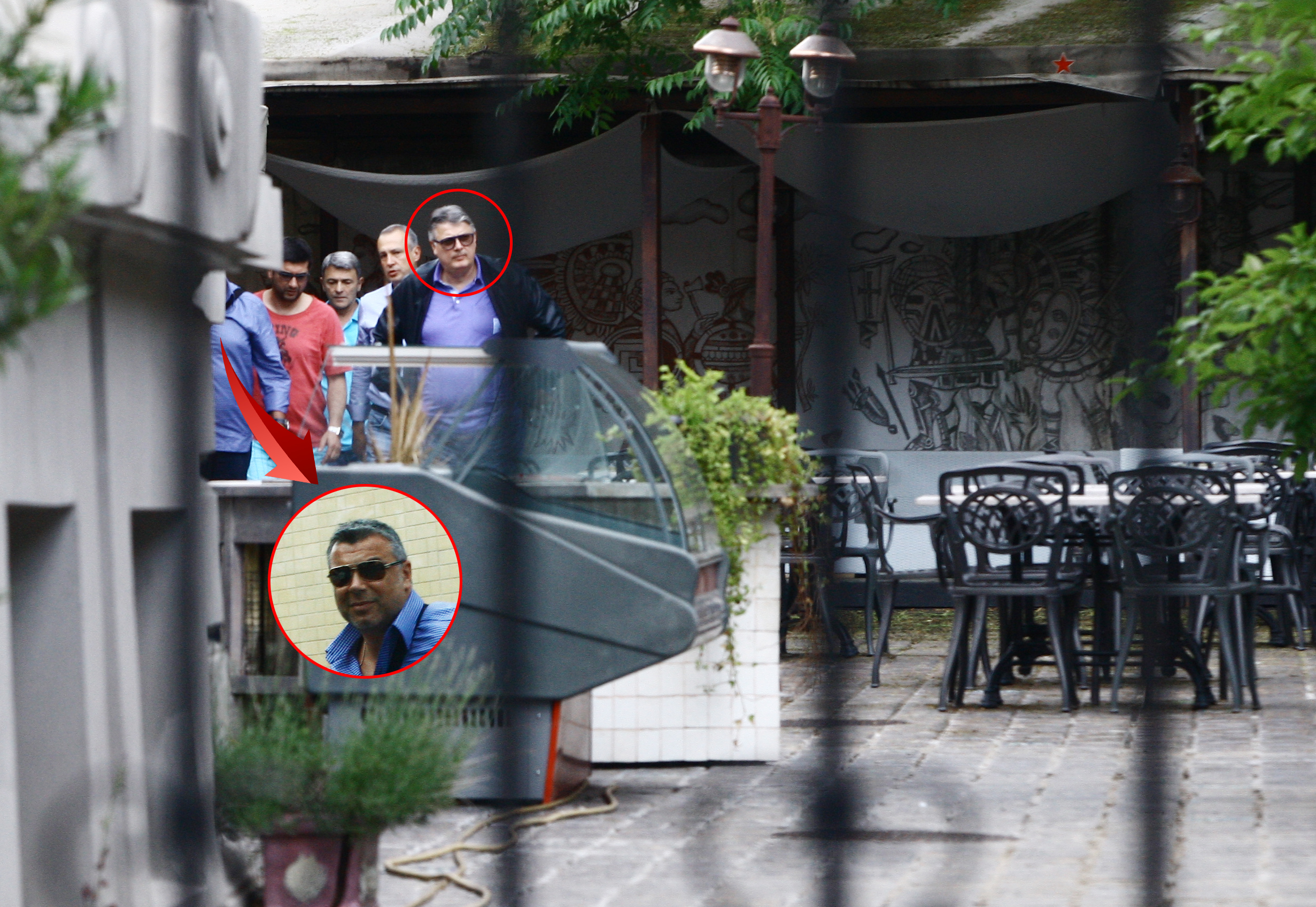 Tandemul Olaroiu-Iorgulescu a inspectat vila si curtea aproape 30 de minute, insa nu au fost impresionati