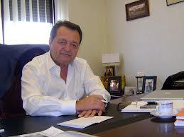 Tatal lui Andrei i-a dat acestuia 75% din acţiunile afacerilor dezvoltate in Galati