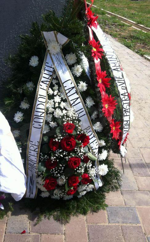 Catalin Botezatu a tinut sa fie aproape de surorile Gabor si a trimis condoleantele lui printr-o coroana de flori