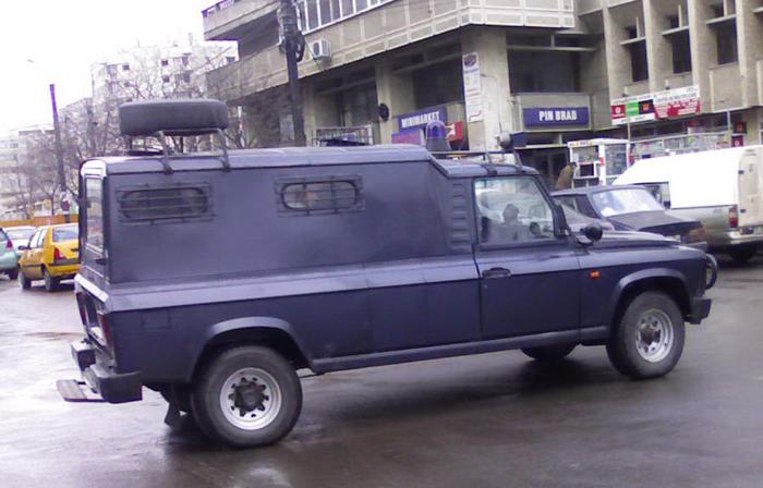Cu o astfel de duba a fost transportat Becali (foto:automobileromanesti.ro)