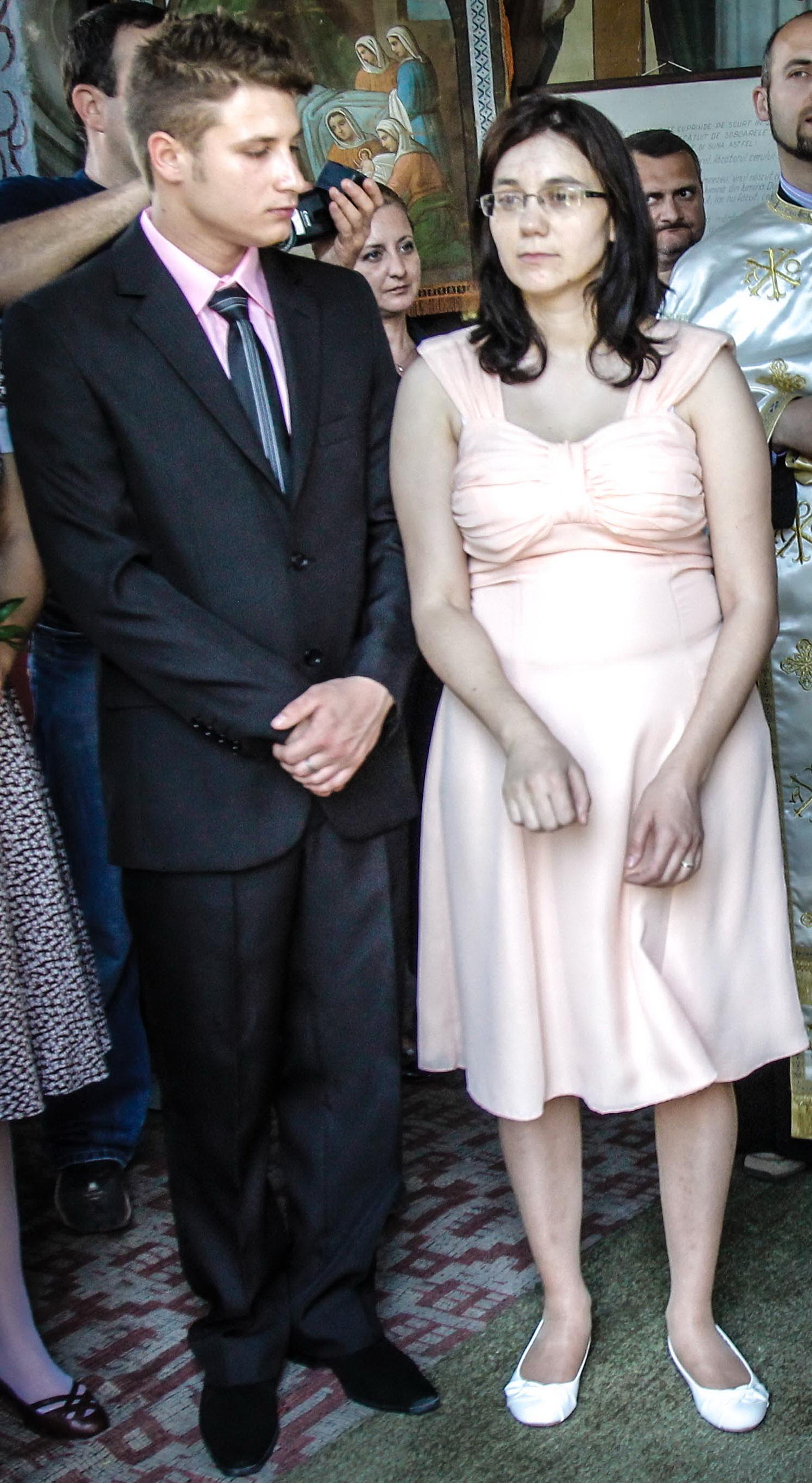 Stela Visan-Ciobotea s-a casatorit in 2012 cu iubitul ei, Constantin, cei doi devenind intre timp parinti