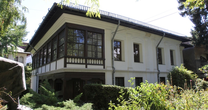 Cea mai veche casa din Capitala are un aer aparte, parca mistic
