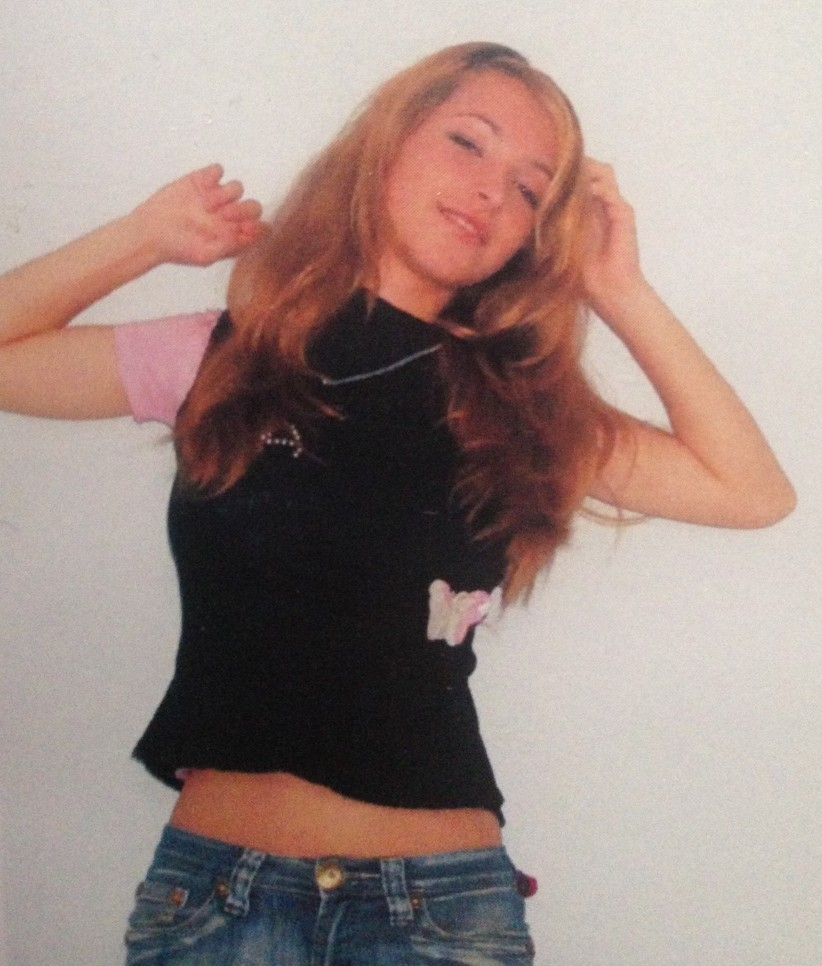 Elena Turcu quando ela era jovem