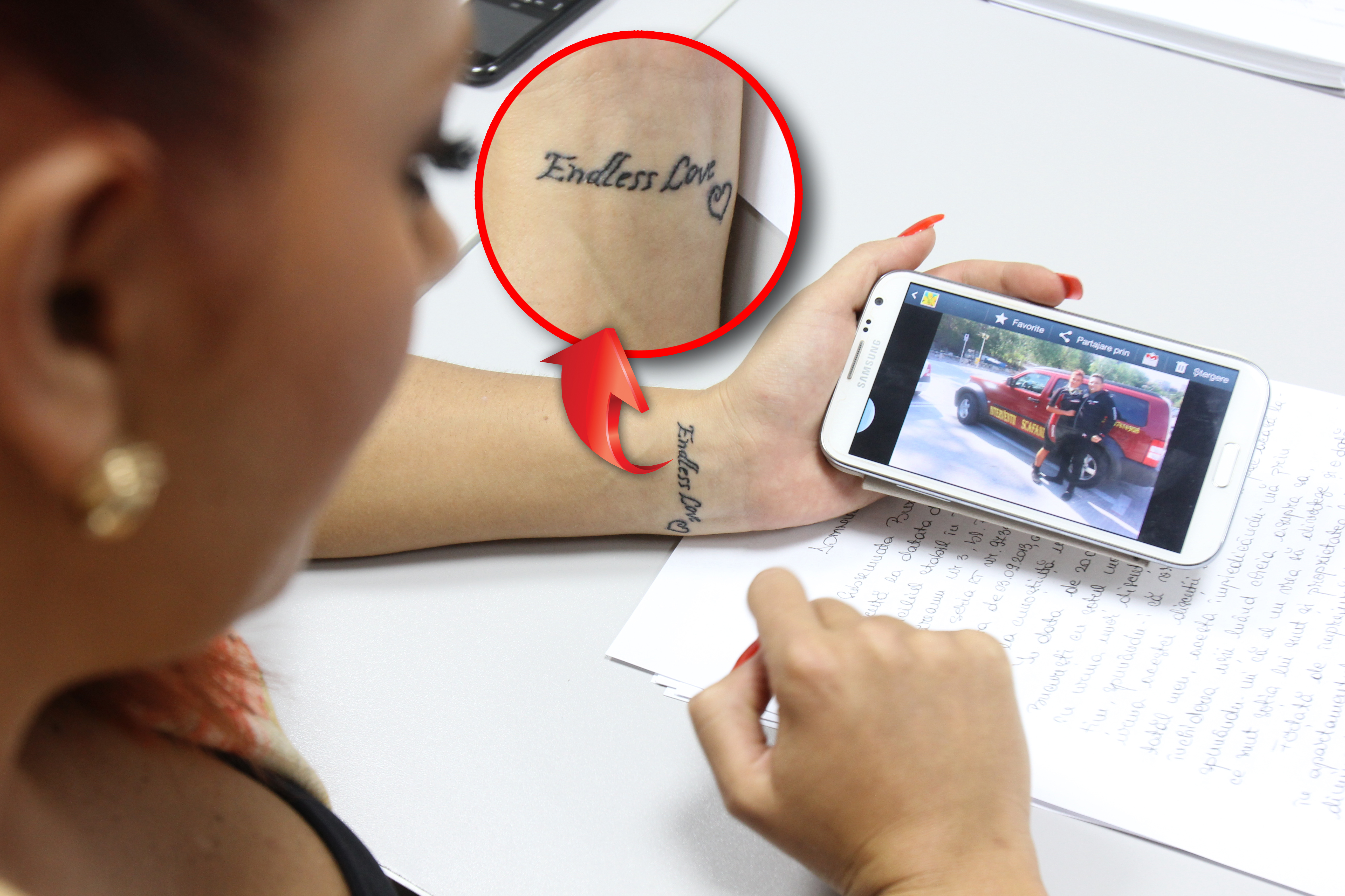 Ana Maria si-a tatuat pe mana