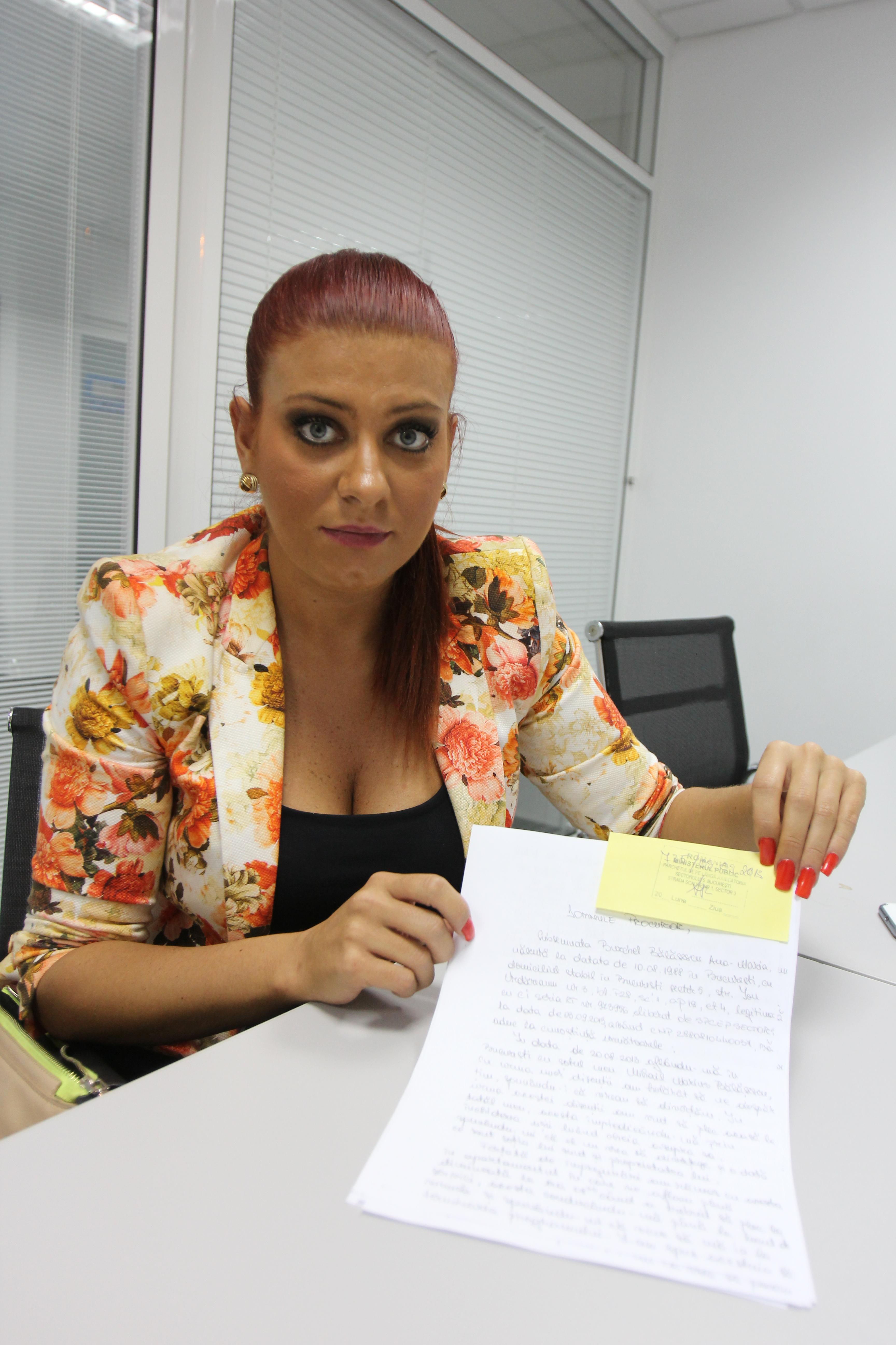 Tanara a depus o plangere la Parchet impotriva sotului ei, pe care-l acuza de violenta