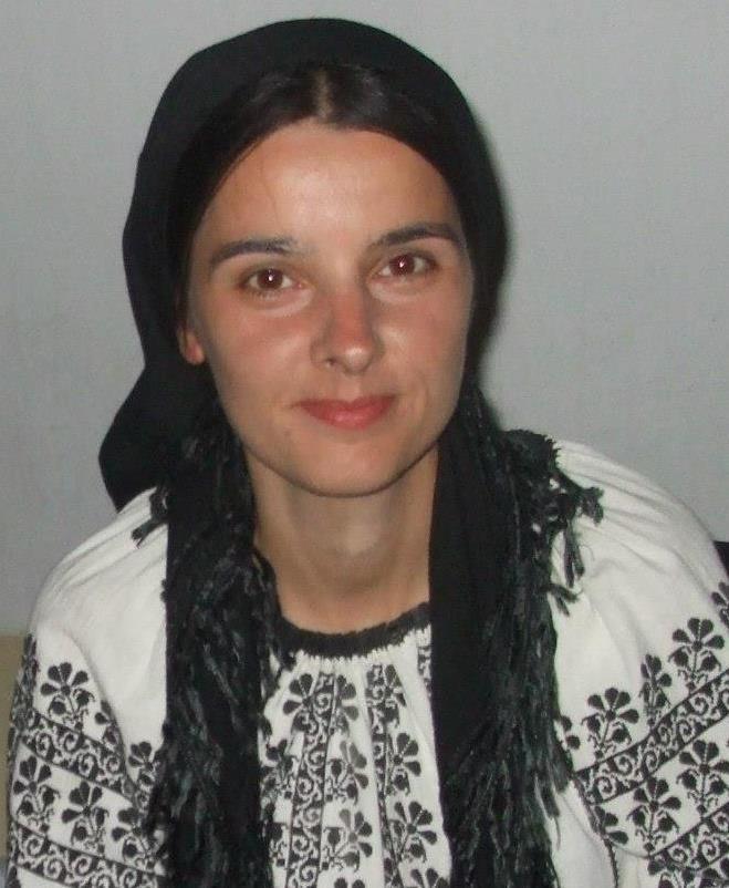 Livia Vasilica a mostenit pasiunea pentru folclor de tatal ei