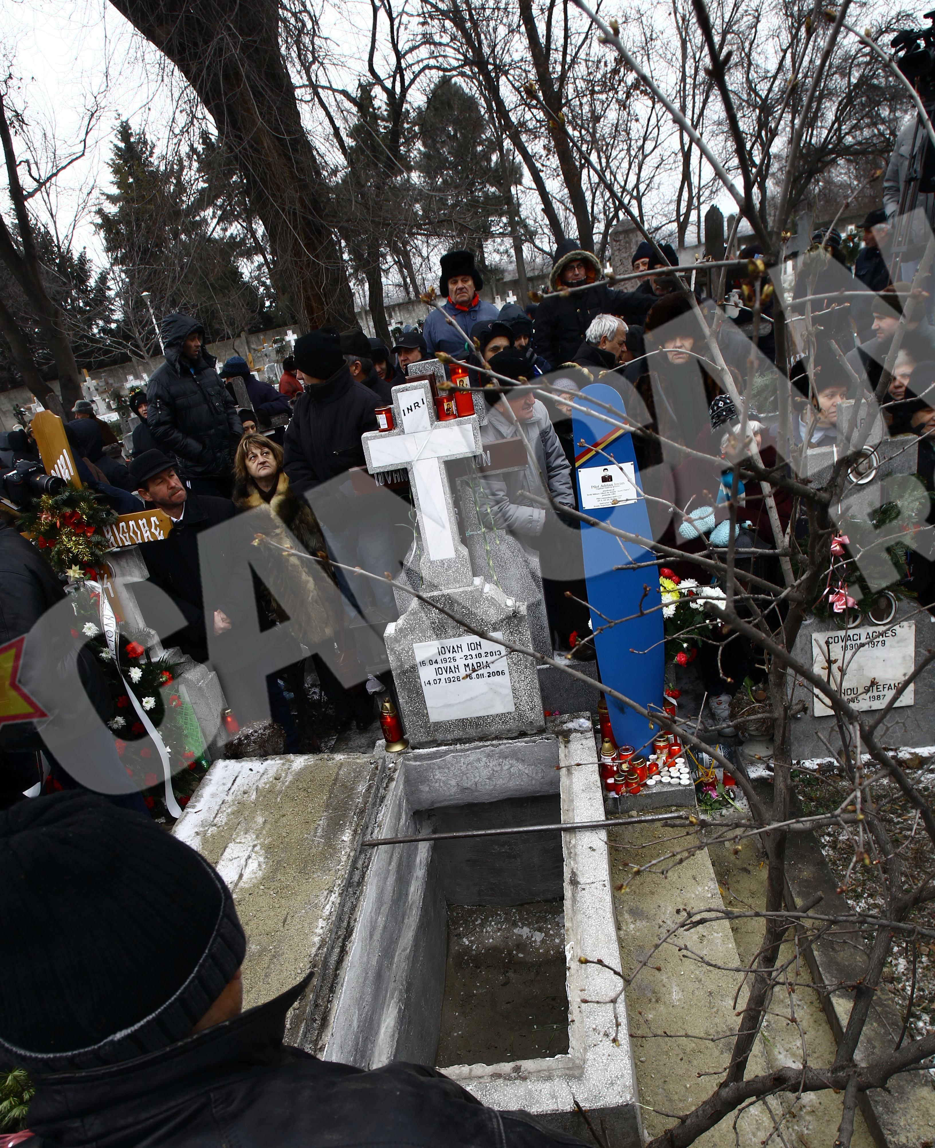 Iovan isi va dormi somnul de veci alaturi de parintii sai, in cimitirul Belu catolic