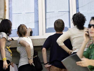 Aproximativ 190.000 de elevii vor da examenul de maturitate foto: Ziua Veche