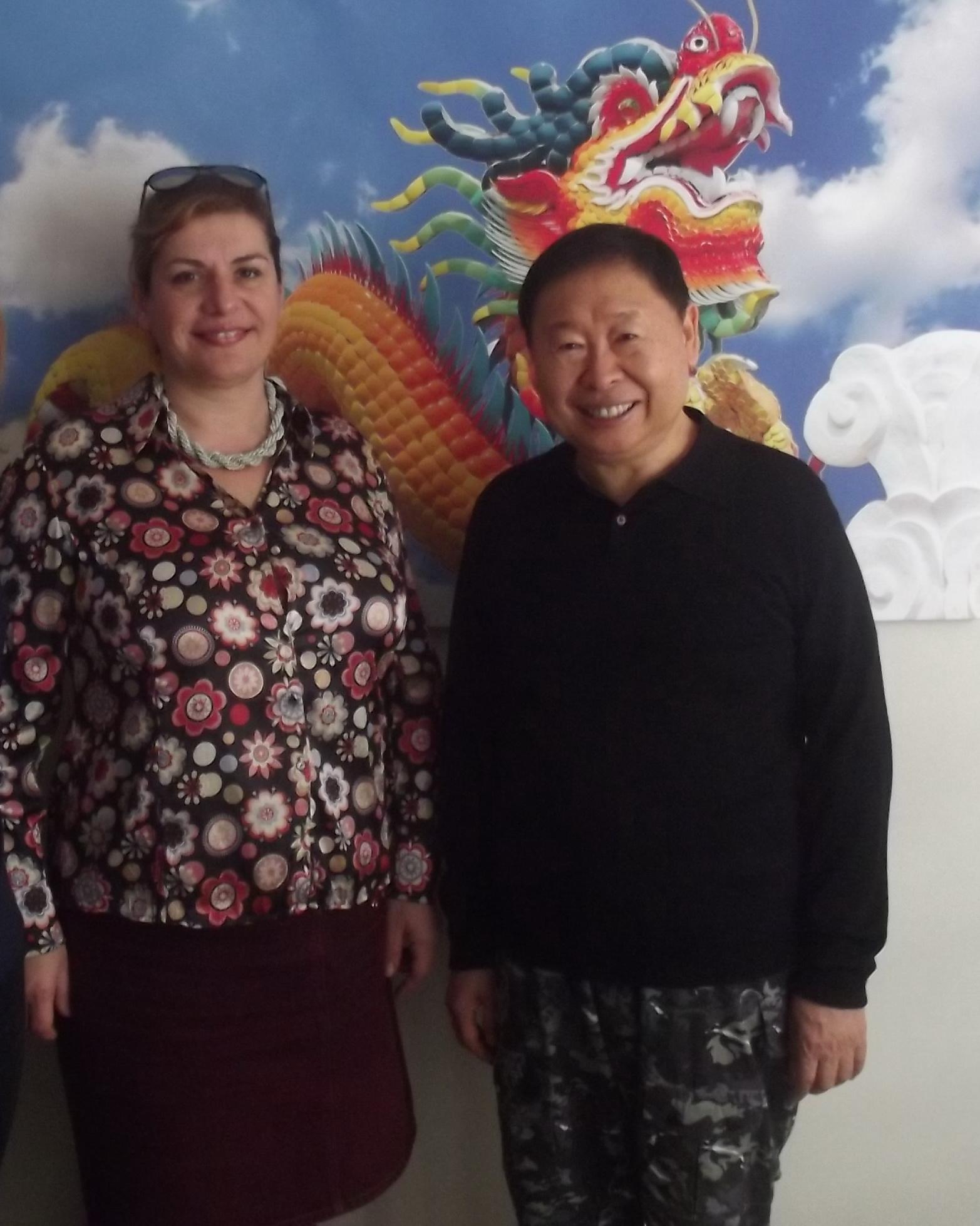 Consultantul international Diana Roman, alaturi demarele maestru Feng Shui Raymond Lo