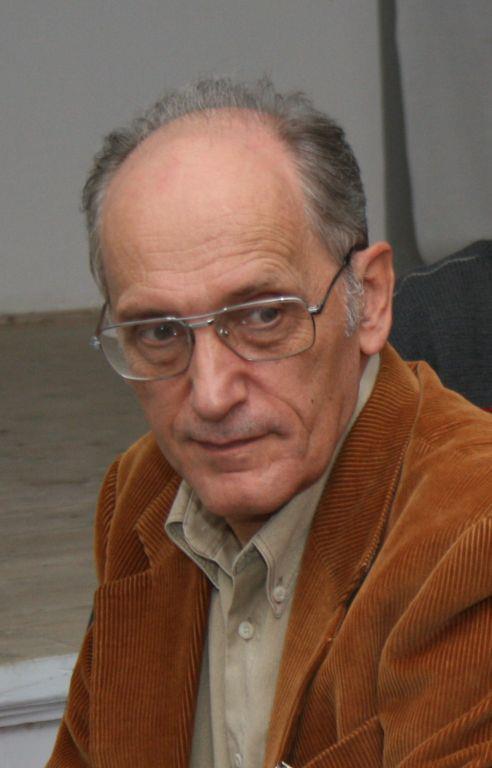 George Pruteanu isi dorea extrem de mult sa publice o carte cu inscrisurile de pe forum