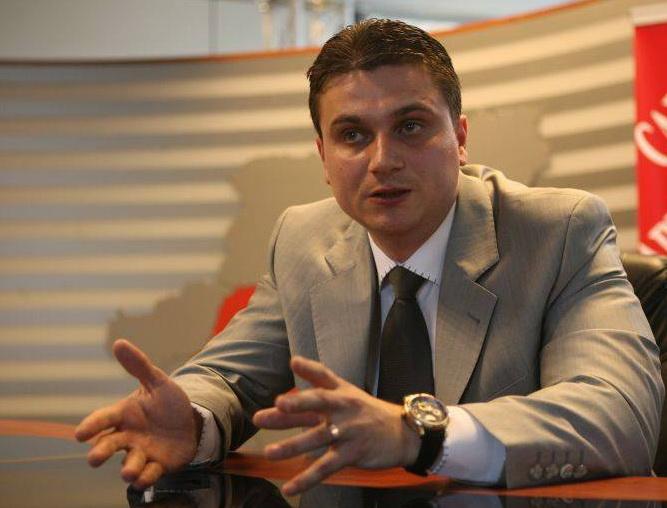 Avocatul Vicentiu Coltuc spune ca legea cimitirelor este ilegala