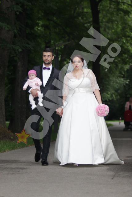 Oana Roman s-a casatorit religios pe 15 iunie