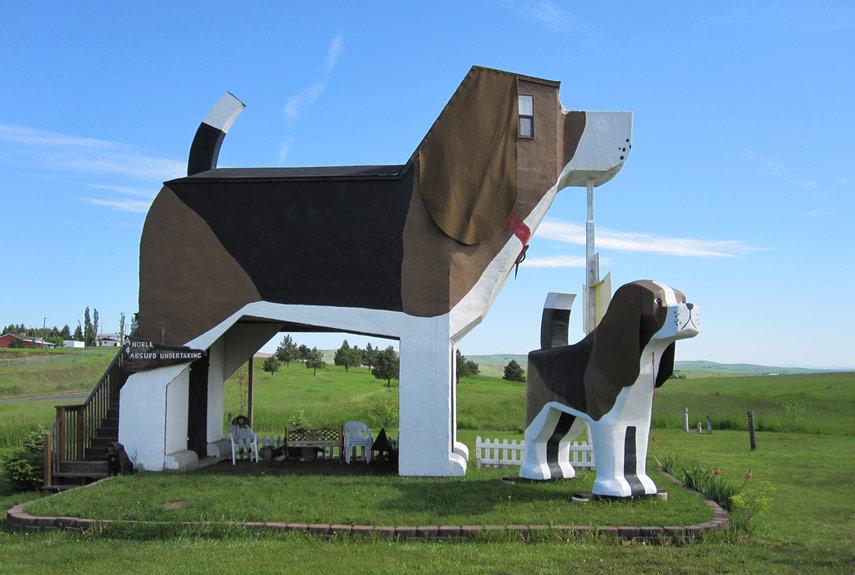 Dog Bark Park Inn este construit sub forma unui caine