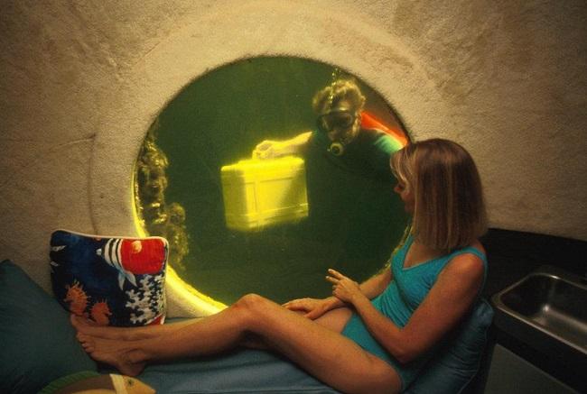 Jules' Undersea Lodge a fost, initial, laborator