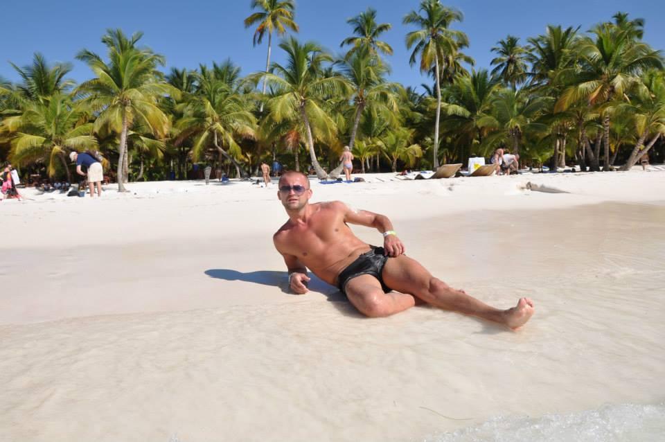 Patrick calatoreste in insule exotice