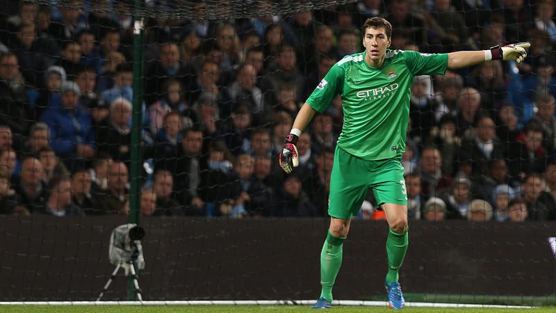 In 2011, Costel Pantilimon a dat lovitura si s-a transferat de la Timisoara la Machester City, unul dintre cele mai bogate cluburi din lume