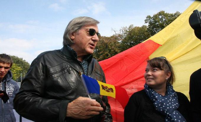 Ilie Nastase a fost la marsul pentru unirea Basarabiei cu Romania