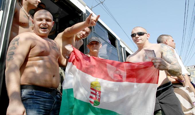 Peste 3000 de unguri au facut deplsarea la Bucuresti