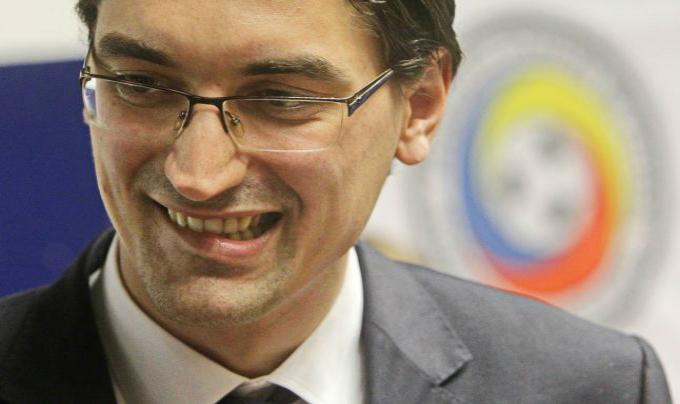 Razvan Burleanu cauta inlocuitor pentru Victor Piturca