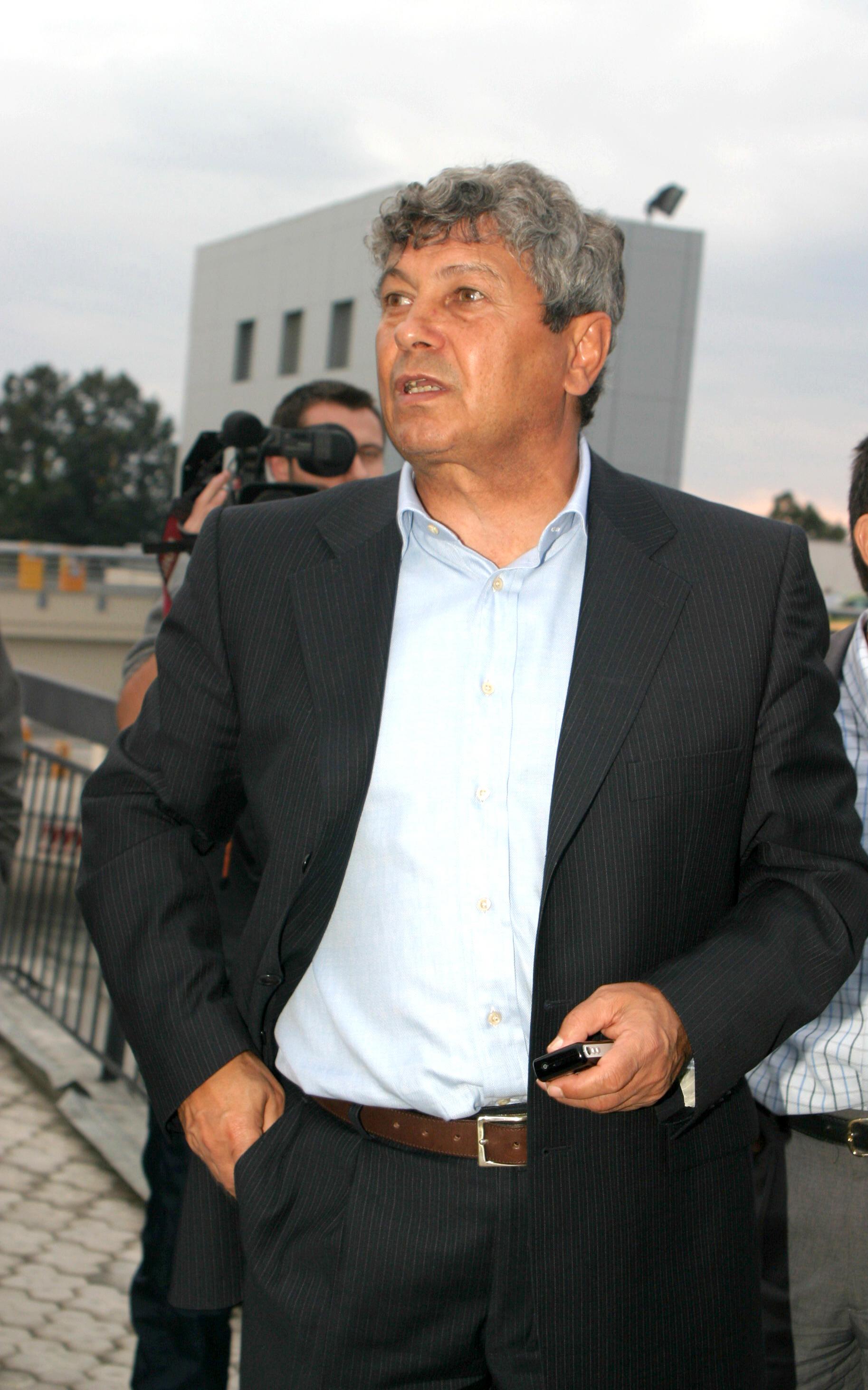 Mircea Lucescu este dorit de Razvan Burleanu pe banca Echipei Nationale