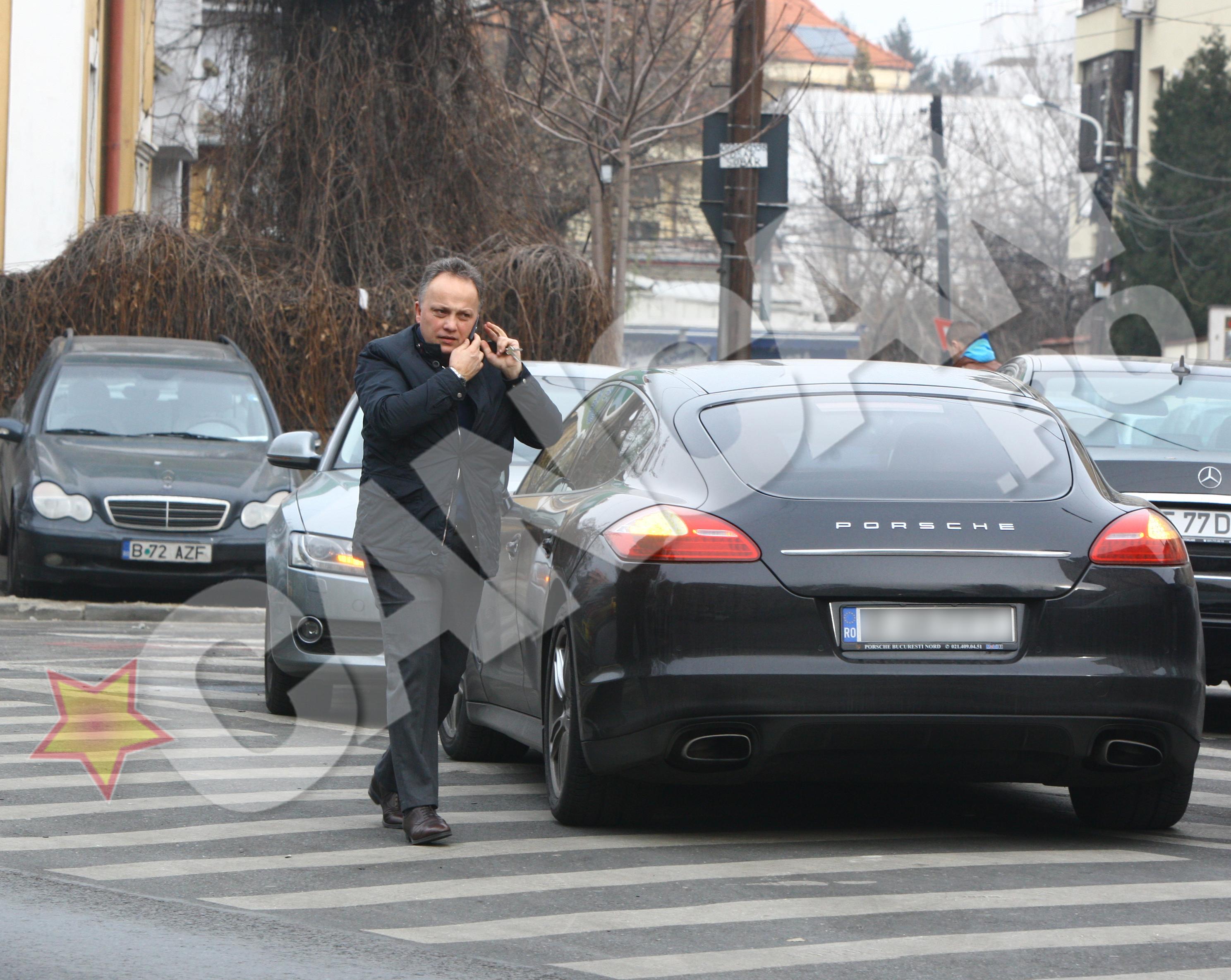 Claudiu Florica s-a grabit sa iasa din masina ca sa ajunga repede la intalnirea cu Cocos