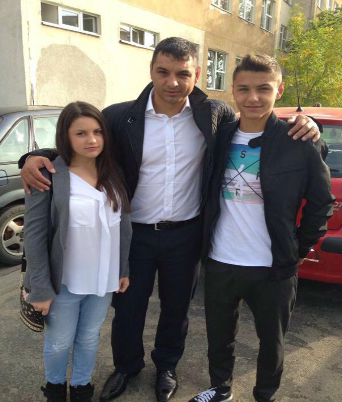 Ionel Ganea si cei doi copii ai sai: George si Ioana