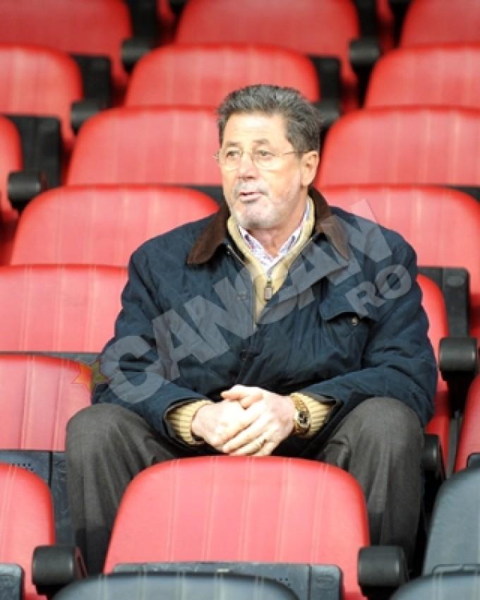 Cornel Dinu va reveni in iarba si se va implica mult mai mult la Dinamo